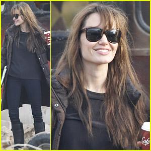 Angelina Jolie: United Love Story