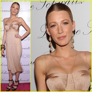 Blake Lively's Thanksgiving Plans Revealed -- Exclusive