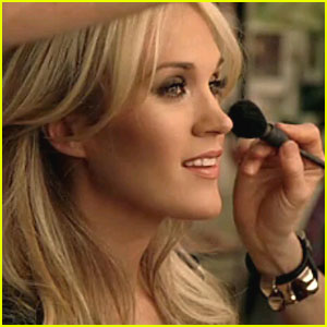 Carrie Underwood: Olay Ad Campaign Preview
