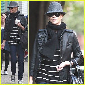 Charlize Theron: Pinkberry Run!