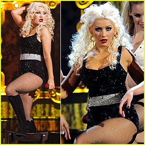 Christina Aguilera's AMAs Performance Video -- Watch Now!