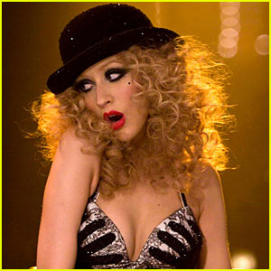 Christina Aguilera: 'Express' Video Preview from Burlesque!