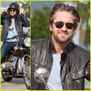 Gerard Butler: Motorcycle Man