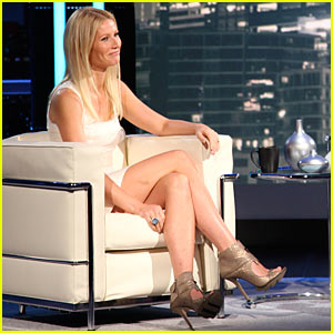 Gwyneth Paltrow on 'Chelsea Lately' -- Christina Aguilera & Anne Hathaway Too!