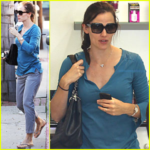 Jennifer Garner: 'Odd Life of Timothy Green' On The Way!