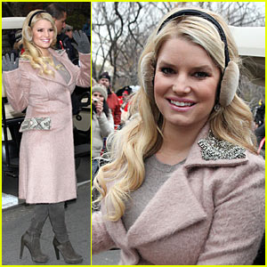 Jessica Simpson: Thanksgiving Day Parade Performance!