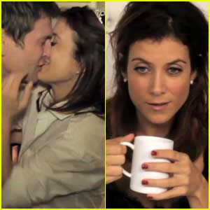 Kate Walsh Gets In Bed With 'Boyfriend' -- VIDEO