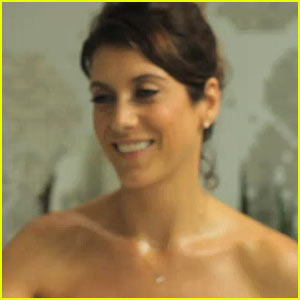 Kate Walsh: Your 'Boyfriend' is Coming!