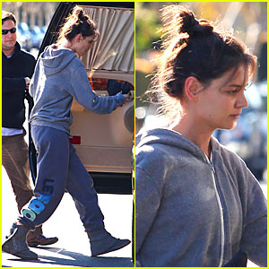Katie Holmes: 'Let's Go' Workout Wear!