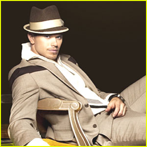 Kellan Lutz: I Love Twihards!