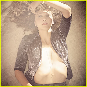 Maggie Gyllenhaal is a Tummy Tease