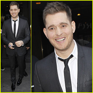 Michael Buble: Wedding Date Set!