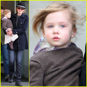 Nicole Kidman & Sunday Rose: Windy Day in NYC