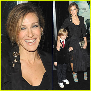 Sarah Jessica Parker: Beauty In Black