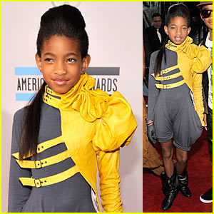 Willow Smith: AMAs Red Carpet 2010!