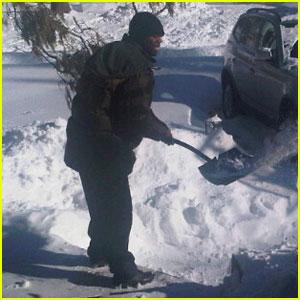 50 Cent Shovels Snow -- For $100!