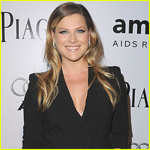 Ali Larter Welcomes Baby Boy
