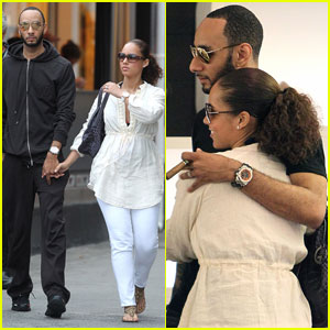 Alicia Keys & Swizz Beatz: Romance in St. Bart's!