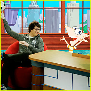 Andy Samberg: Phineas & Ferb Interview!