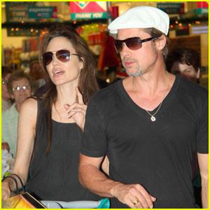 Angelina Jolie & Brad Pitt: Christmas in Namibia!