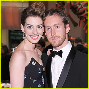 Anne Hathaway & Adam Shulman: Moving in Together?