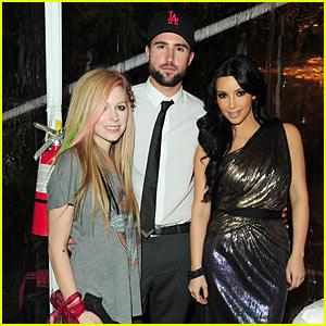 Kim Kardashian: Christmas with Avril Lavigne & Brody Jenner!