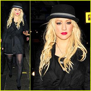 Christina Aguilera: HIX Restaurant Hottie