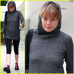 Ellen Pompeo: Workout Warrior!