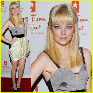 Emma Stone Debuts New Blonde Do!