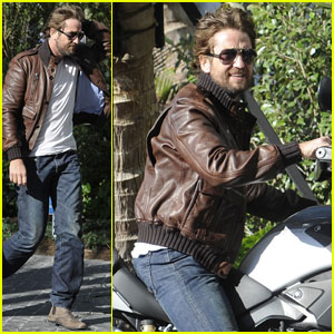 Gerard Butler: Motorcycle Man in Miami