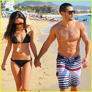 Jesse Metcalfe: Shirtless in Cabo!