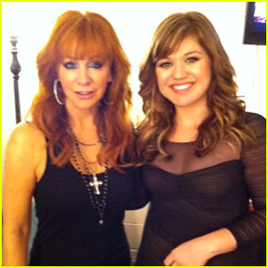 Kelly Clarkson & Reba McEntire: ACA After Party Pair!