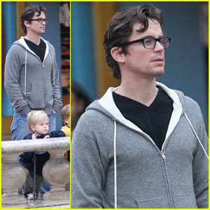 Matt Bomer: Rainy Day Grove Shopping