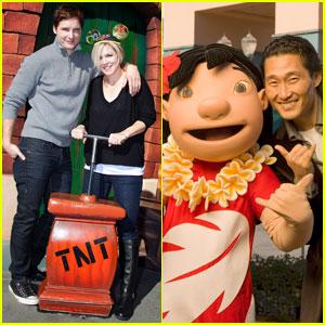 Jennie Garth & Peter Facinelli: Disneyland Duo
