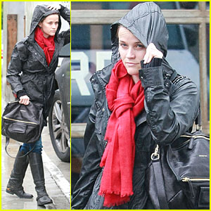Reese Witherspoon: RRL Run!