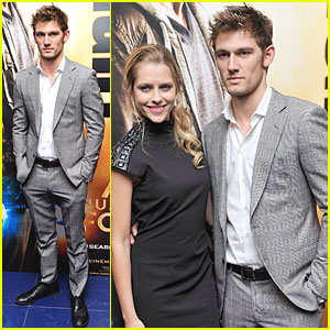 Alex Pettyfer: 'I Am Number Four' Special Screening in London!