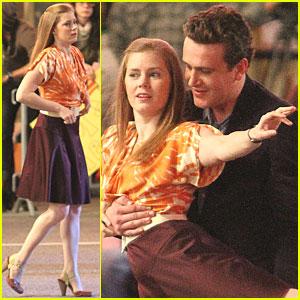 Amy Adams & Jason Segel: 'Muppets' Dance Scene!