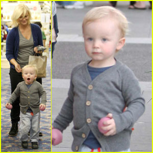 Amy Poehler: Tom's Toy Shopping with Archie!