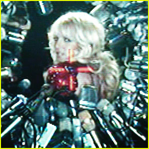 Britney Spears: 'Hold It Against Me' Video First Look