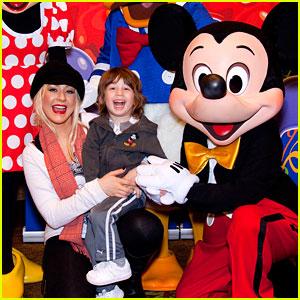 Christina Aguilera: Disneyland Birthday for Max!
