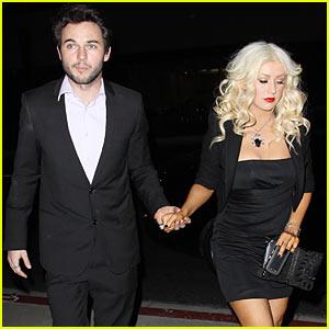 Christina Aguilera: Super Bowl National Anthem Singer?