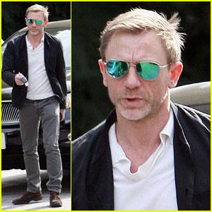 Daniel Craig: Bond Returns!