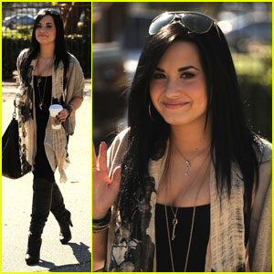 Demi Lovato Leaves Treatment Facility