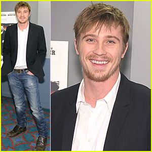 Garrett Hedlund: 'Country Strong' Opens Today!