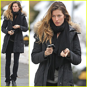 Gisele Bundchen Bundles Up in Boston