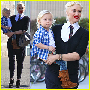 Gwen Stefani: Swimming Stadium with Zuma!