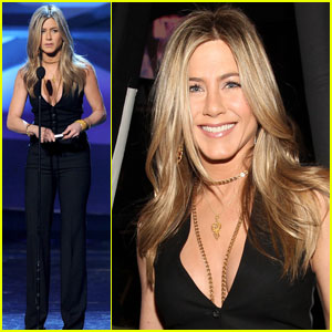Jennifer Aniston: People's Choice Awards Presenter!