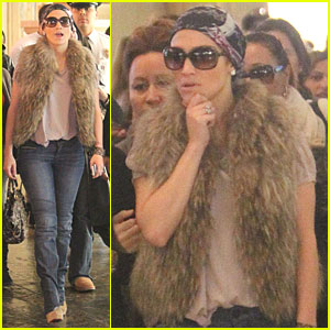 Jennifer Lopez: Las Vegas Shopping Spree!