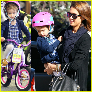 Jessica Alba: Honor's Brand New Bike!