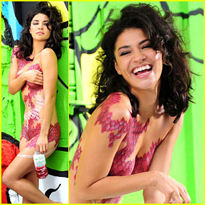 Jessica Szohr: Nude for SoBe Lifewater!